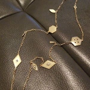 Jewelry - Long goldtone necklace. Gently worn.